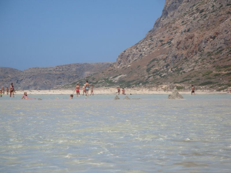 038. Sandcastles - You can make them right in the water! Gramvousa-Balos cruise. The North-Western tip of Crete