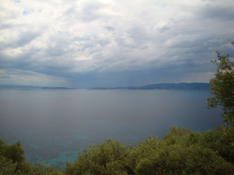 011. Imminence of thunderstorm - In the surrounding area of Loutraki (Λουτράκι)
