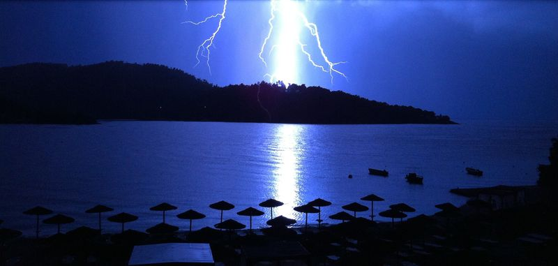 Gorgeous thunderstorm in Panormos (Πάνορμος)