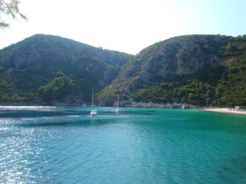 Turquoise waters of Limnonari Bay (Λιμνονάρι)