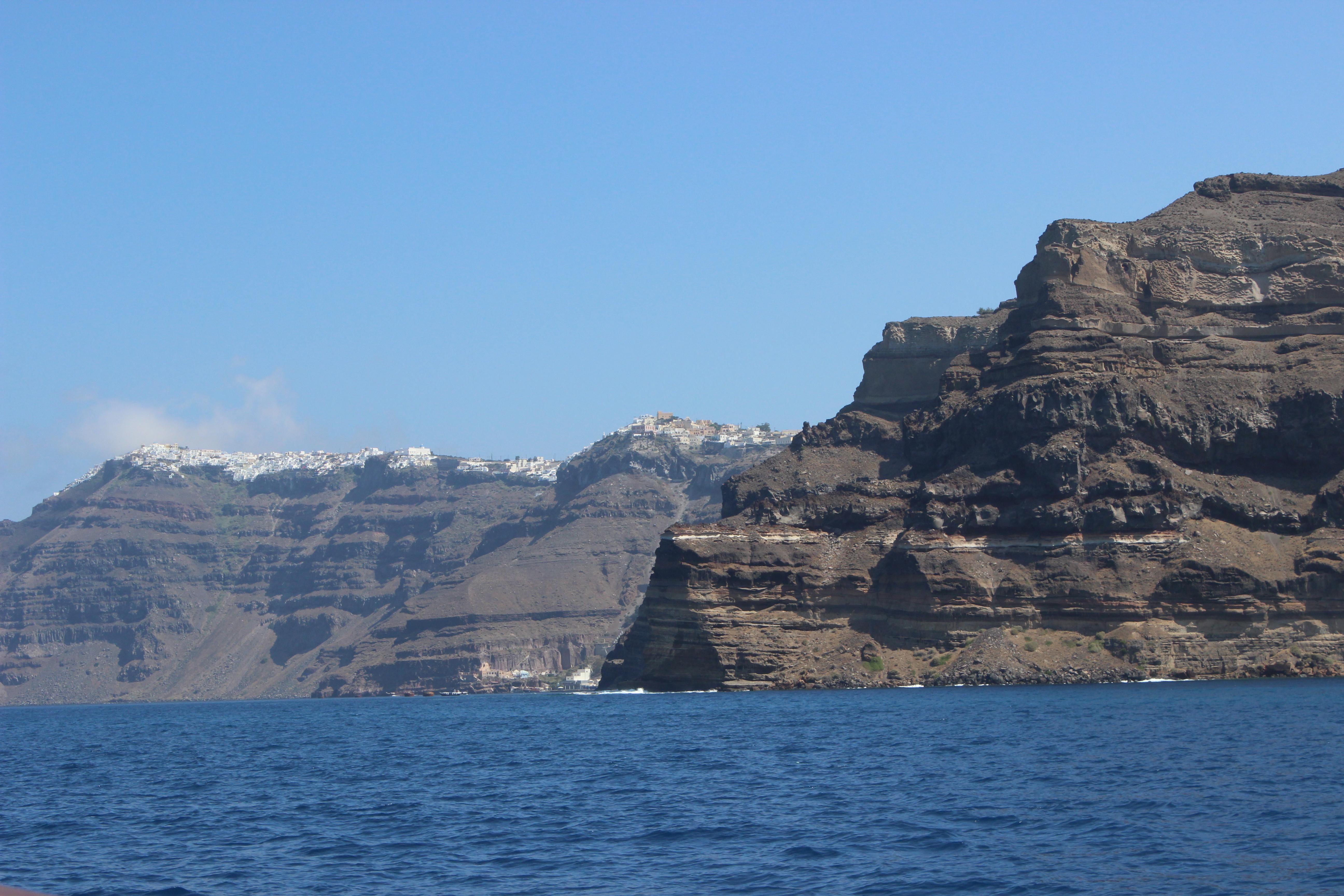 05. View of Firá (Φηρά) - Santorini